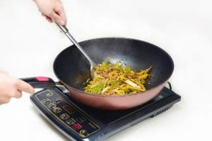 cuisiner avec l'induction
