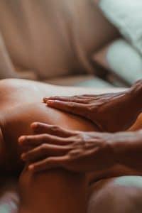 massage pour homme et femmes