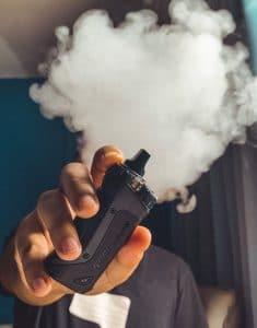 fumee blanche cigarette electronique